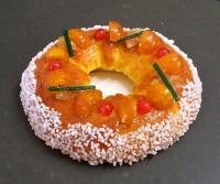 réalisation du gâteau des rois provencal, à la Pâtisserie Noni Nona.